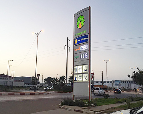 Ecran LED station gaz